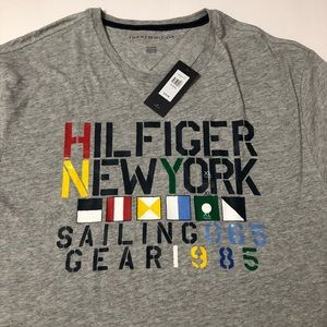 Tommy Hilfiger Shirts - Men's Tommy Hilfiger sailing gear tee